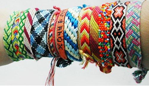 Женская сумка из разноцветных квадратов, схема вязание фенечек.